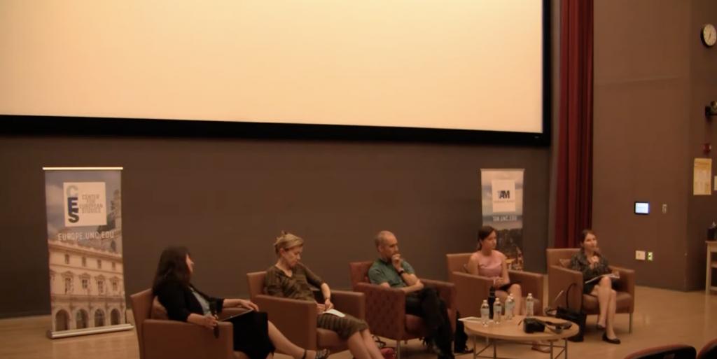 Maria Snegovaya speaks on the panel.